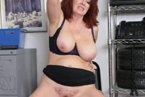 1096405 Shoplifter Milf Andi James Offers Her Pussy