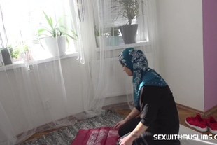 Muslim woman got the cock in her mouth instead of a pra