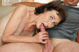 1170107 Rob Showered Granny Pixie A Warm Cum