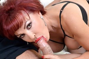637642 Mature Sexy Vanessa Fucked By A Big Cock