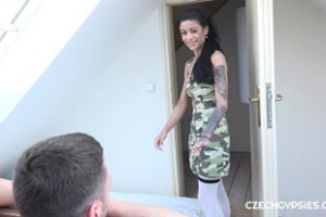 674666 Gypsy Whore Fucked In Labor Time