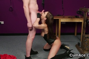 Kinky honey gets cum load on her face swallowing all th