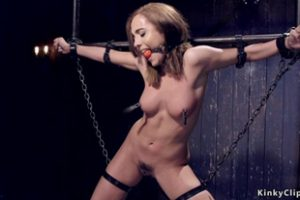 829201 Strapped And Hanged Babe Pussy Toyed
