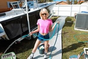 Exxxtrasmall Alice Pink Big Boats Small Hoes Xvideoshits.com Video