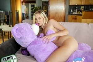Exxxtrasmall Natalia Queen Tiny Play Time Pussy Xvideoshits.com Video